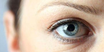 El laserlipólisis en el tratamiento de las bolsas en los ojos