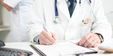 Seguridad en Cirugia Plastica: cómo elegir al profesional adecuado.