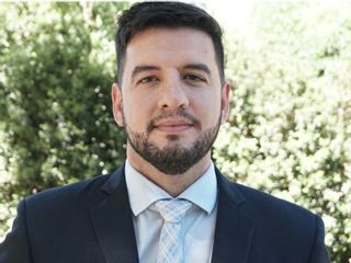 Dr. Alexander Saenz