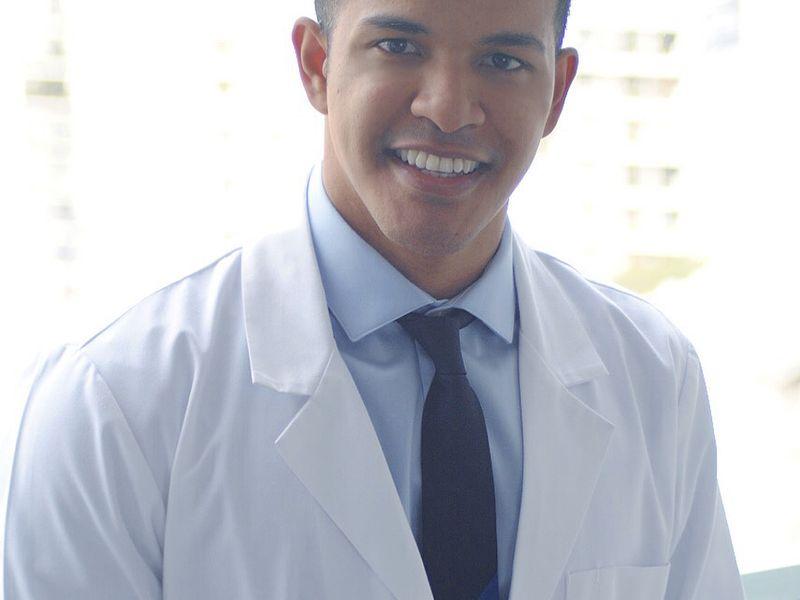 Dr. Héctor Martínez Gomez