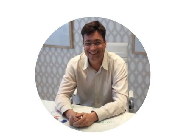 Dr. Nosti Edgardo