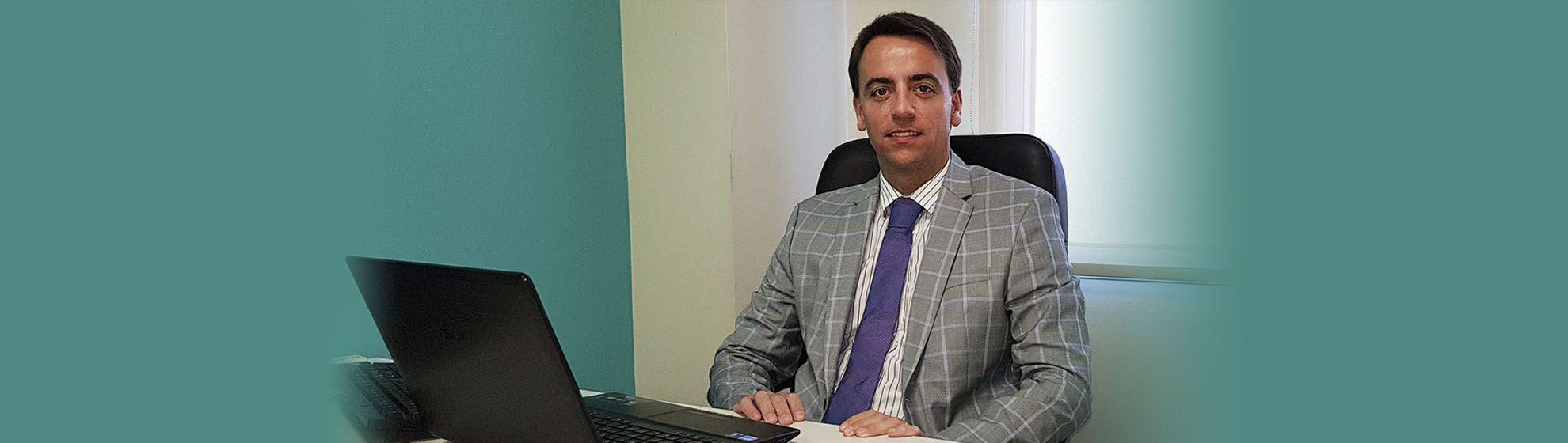 Dr. Javier Nicolía - Centro Médico Palmares