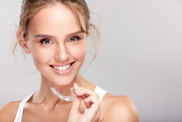 ¿Cómo prepararse para el procedimiento de ortodoncia invisible?