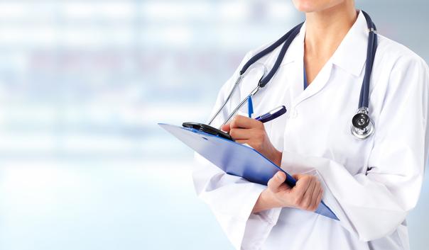 Doctora con Fonendoscopio