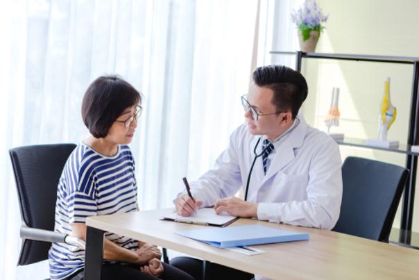 Consulta médica para cirugía bariátrica