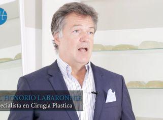 Revisión aumento mamas - Dr. Honorio Labaronnie